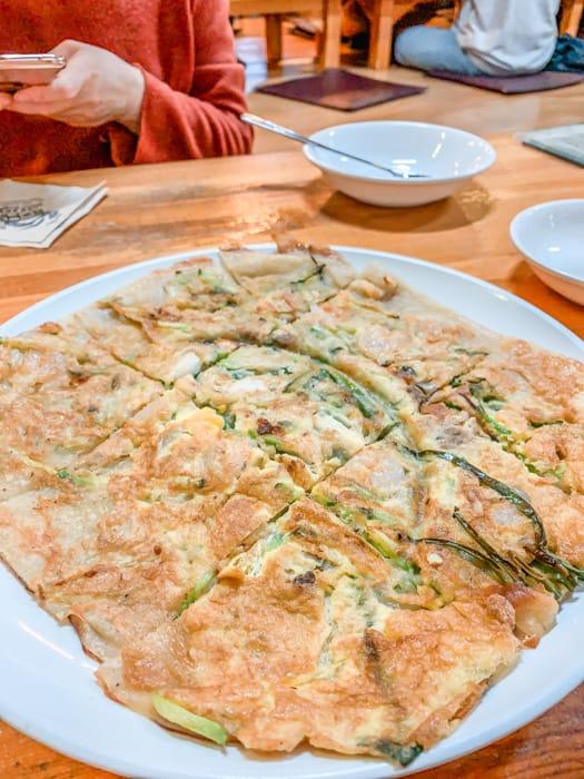 Kimchi pancake, Tosokchon Samgyetang